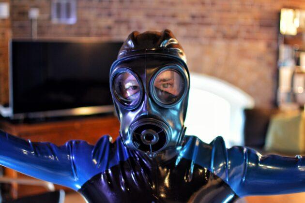 bgslave front close up rubber suit