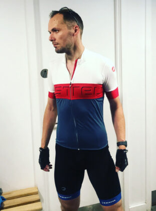 Switch in white, blue and red Castelli