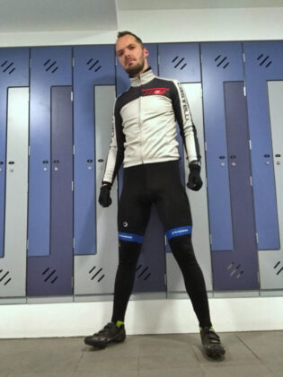 Switch in Castelli jacket and Tenn shorts with base layer