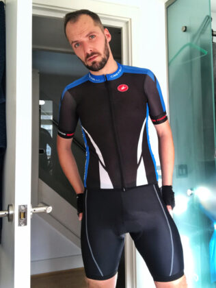 Switch in Castelli kit