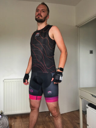 Switch in Komraid vest and Laser shorts